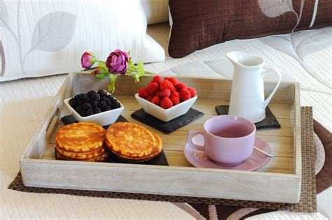what is bed and breakfast savor and share breakfast in bed recipe box
