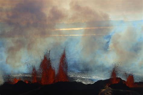 lade di lava le fontane di lava vulcano bardarbunga foto