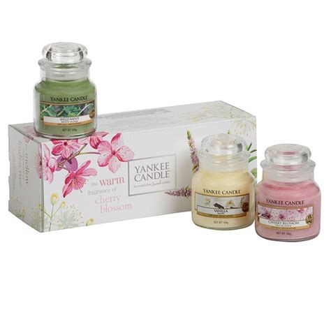 yankee candle gifts yankee candle gift set small jar 3 pack scented fragrance