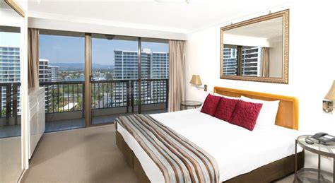 2 bedroom apartments surfers paradise breakfree longbeach two bedroom apartment holiday