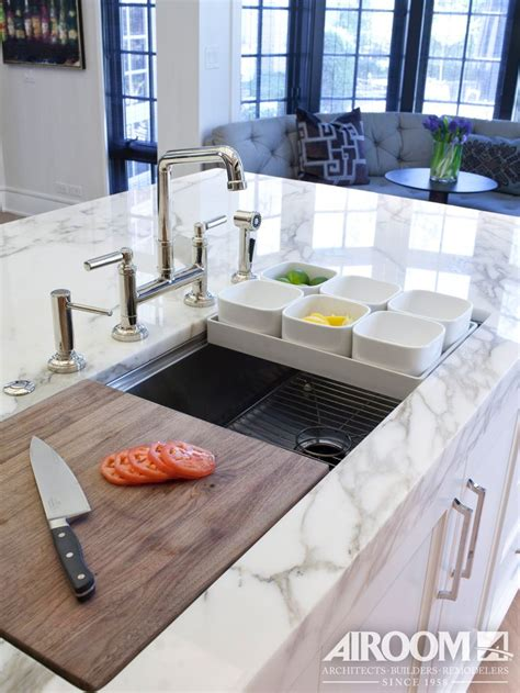 kitchen island sinks 1000 ideas about kitchen island sink on pinterest