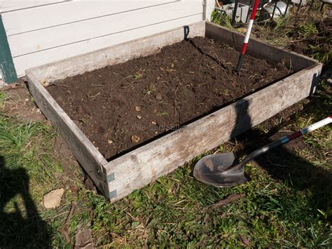 Cheap Raised Garden Bed Ideas Inexpensive Raised Garden Bed Ideas 28 Images Frugal Gardening Four Inexpensive Raised Bed