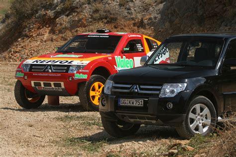 Kaos Rally Dakar Mitsubishi Pajero 2007 mitsubishi pajero dakar rally pajero evolution
