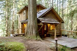 Cabin Rentals Mt Rainier by Get Cozy At Vacation Cabins Near Mount Rainier The