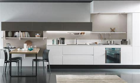 cucine in okite piano di lavoro in cucina in okite casafacile