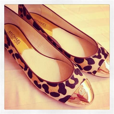Mk Newyork Gold Leopard michael kors leopard ballerinas black top