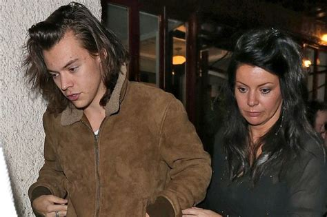 harry styles family biography family time harry styles treats his mum to dinner in
