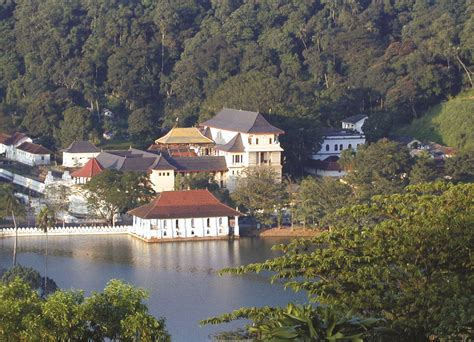 Fancy House Inside Exploring The Sacred City Of Kandy The Inside Track