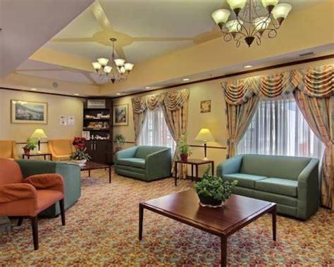 comfort inn and suites jacksonville fl jacksonville airport hotel comfort suites jacksonville fl