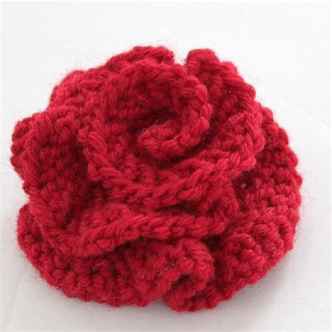 knit flowers top 10 free flower patterns to knit this flower