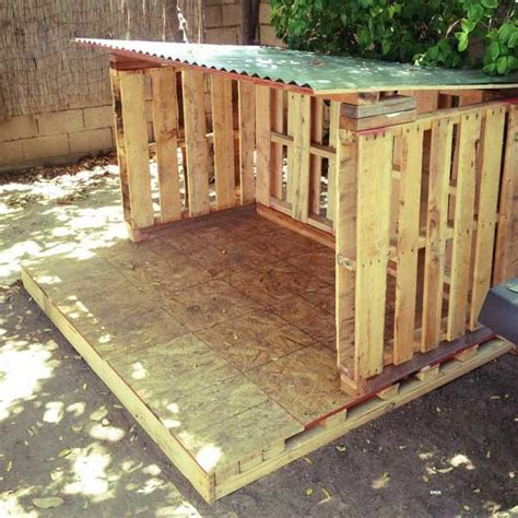 plans to make a pallet house diy outdoor tiny pallet playhouse pallet furniture plans