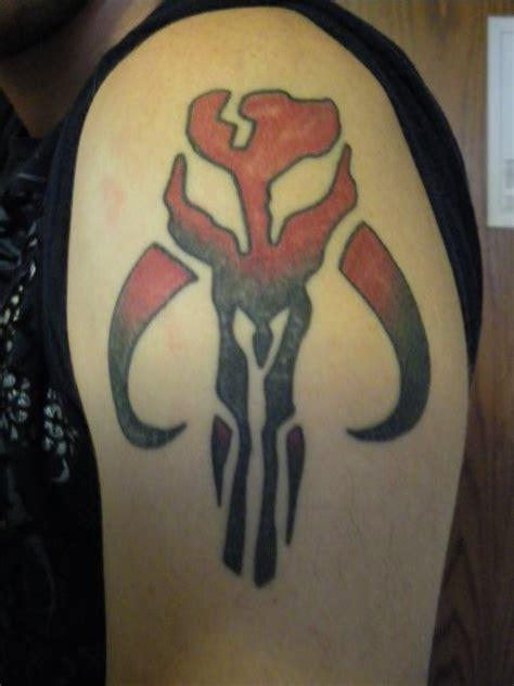 mandalorian tattoo mandalorian skull by mace x on deviantart