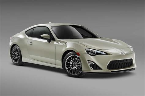 2016 scion fr s vs 2017 toyota 86 what s the difference