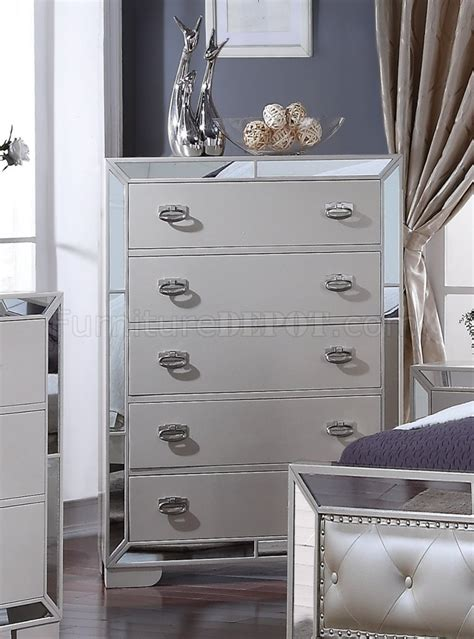 gloria pc bedroom set  ivory woptions