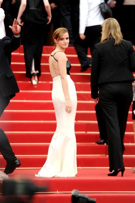 emma watson cannes film festival 2013 emma watson photos the bling ring cast poses on the