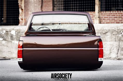 nissan hardbody bagged on 22s pin thread bagged nissan c110 skyline on pinterest