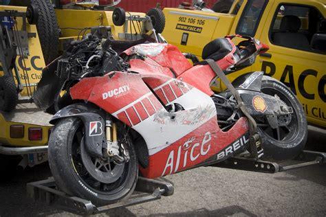 Motorcycle Mechanic School Las Vegas by Race Bike Mechanic School Opens At Donington Park Autoevolution