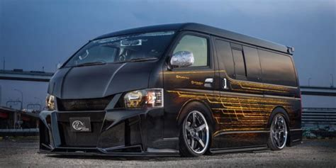 Toyota Hiace Tieferlegen by Typisch Japan Kuhl Racing Toyota Hiace Widebody 2018