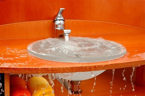Clogged Bathroom Sink by Clogged Bathroom Sink Here S How To Clear It Out In 10