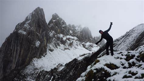 berghütte schnee schweiz reiseblog saxer l 195 188 cke tiefster winter im mai