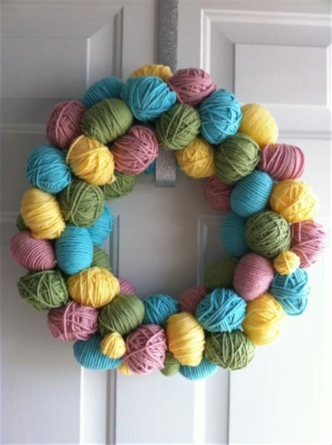 easter wreath ideas easy easter diy crafts easter egg wreath dump a day