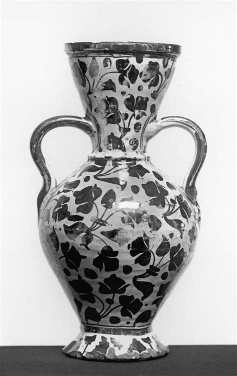 leaf pattern vase vase with leaf pattern 183 the walters art museum 183 works of art