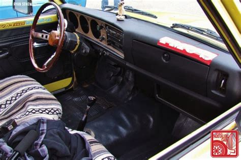 Datsun 620 Interior by Events School New School Flavor Part 02