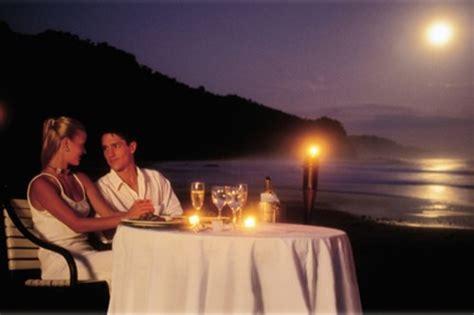imagenes romanticas en la playa im 225 genes rom 225 nticas de cena en la playa