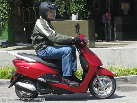 most comfortable motorcycle riding position 2010 honda elite scooter first ride motorcycle usa