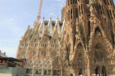 prezzo ingresso sagrada familia scale per scendere dalla torre foto di sagrada familia