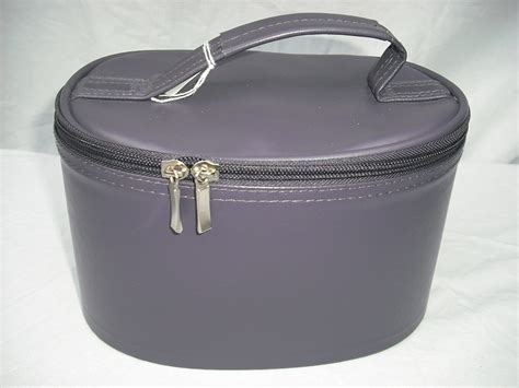 Vanity Cases Uk fun2shop vanity cases buy a vanity and help a child