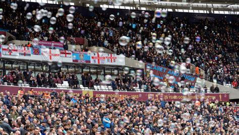 Royal Thank Fans For Support by Club Thank Fans For Inspiring Stadium Support