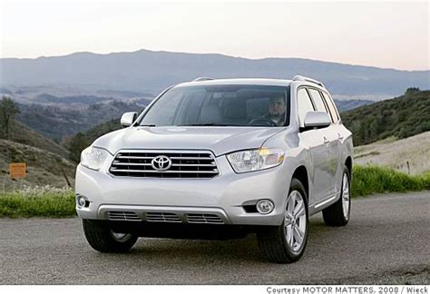 toyota highlander offers more comfortable