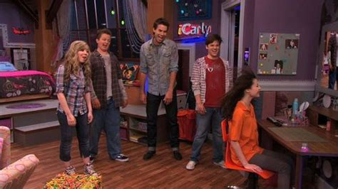icarly igot a room episode icarly images icarly 4x01 igot a room hd wallpaper and background photos 21399930