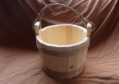 Barns In Maine Wooden Wishing Well Bucket For Your Garden Or Well