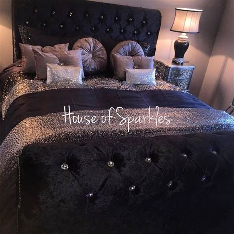 sparkly bedroom decor best 25 bling bedroom ideas on pinterest quilted