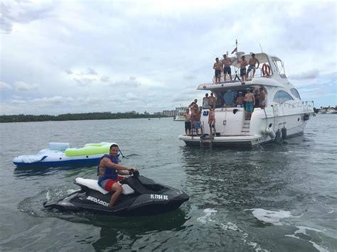 boat rental miami miami fl yacht jetski rentals miami watersports south florida