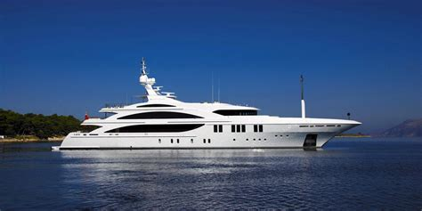 yacht market yachtlife by revello partners m y andreas l