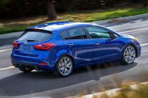 refreshed 2017 kia forte debuts new base engine in detroit
