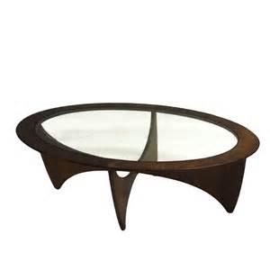 table basse ovale vintage images