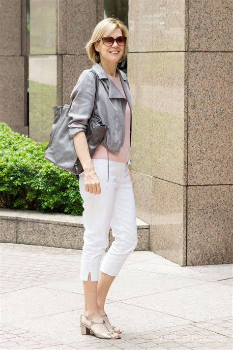 chic looks for 52 year old how to wear knee high or 3 4 pants in a casual chic way