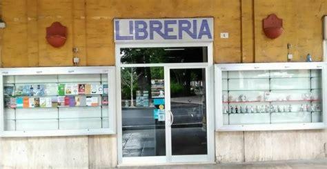 libreria fogola addio a fogola chiude la storica libreria cronache ancona