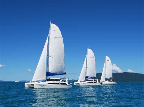 catamaran hire whitsundays 3 sailing catamarans sailing 1024x765 whitsunday escape