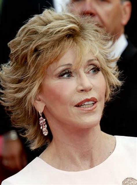 how to cut short klute cut layered hair cut jane fonda klute