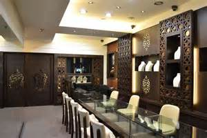 jewellery shop interior design ideas photos images