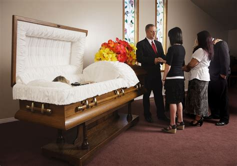 what to expect at a visitation or