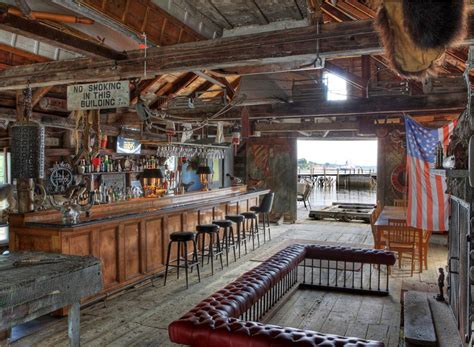 boat house tavern ultimate man caves f i n d s