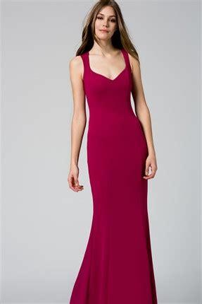 elbise modelleri nisan elbiseler uzun nisan elbisesi modelleri 2014 uzun etek abiye nişan elbisesi bir kadın