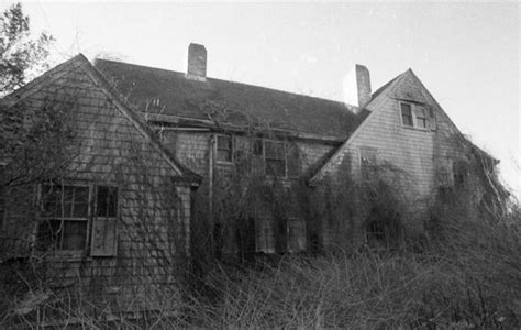 grey gardens house before and after look inside the refurbished grey gardens ny daily news