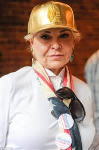 Slowly Going Blind Roseanne Barr Reveals She Is Going Blind From Glaucoma But